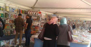 صور.. تجديد الخطاب الديني والتسامح بمعرض هيئة الكتاب فى الإسكندرية