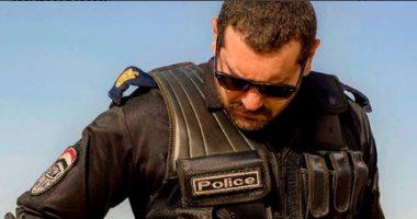 """شاهد.. عمرو يوسف بزى الشرطة فى مسلسله الجديد """"طايع"""""""