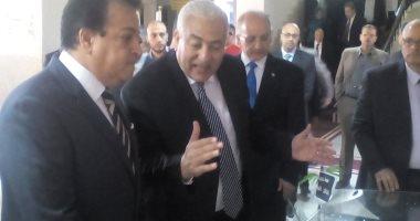 وزير التعليم العالى يصل المنوفية لحضور احتفالية جامعة السادات بعيدها الخامس
