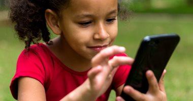 دراسة: 3300 تطبيق أندرويد يتعقب الأطفال ويجمع بياناتهم دون إذن