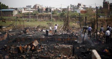 صور.. حريق يلتهم مخيماً يضم 200 لاجئ روهينجى فى الهند