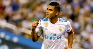 مُقترح سان جيرمان يهدد كاسيميرو فى ريال مدريد.. وزيدان يحدد بديله