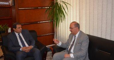 وزير القوى العاملة يلتقى السفير العراقى بالقاهرة لبحث صرف المعاشات التقاعدية
