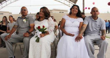 صور.. زواج جماعى وراء القضبان لـ63 سجين وسجينة فى المكسيك