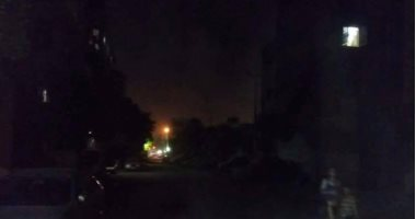الظلام الدامس يسيطر على شارع خليل مطران بالإسكندرية