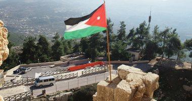 الأردن يعيد غلق المدارس والمساجد والمطاعم والمقاهى أسبوعين بسبب كورونا