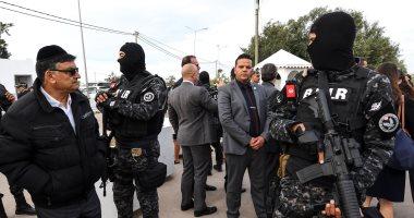 وزير تونسى: الداخلية والدفاع ملتزمان بالحياد ولا ينتميان إلى أى حزب