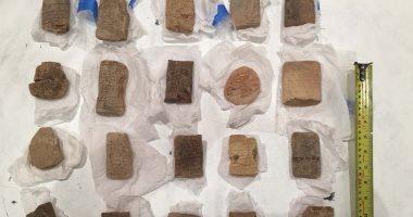 أمن الشرقية يحبط بيع 402 قطعة أثرية مختلفة الأشكال والأحجام