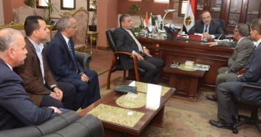 محافظ بنى سويف يكرم رئيس فرع هيئة قضايا الدولة ويبحثان أوجه التعاون