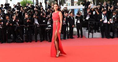 صديقة رونالدو السابقة تتألق بفستان أحمر فى مهرجان كان السينمائى