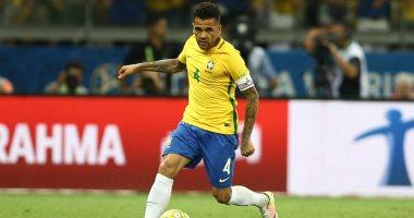 4 مرشحين لتعويض غياب دانى ألفيس مع البرازيل فى كأس العالم 2018