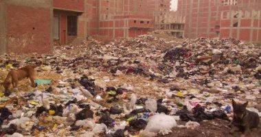 صور.. أهالى الخصوص يطالبون بانتشال القمامة من رشاح البقوشى