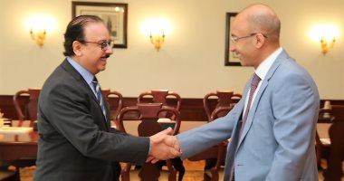 وزير الاتصالات يستقبل رئيس شركة أورنج مصر