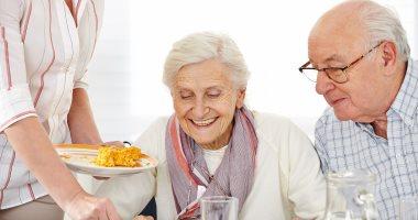 أسئلة وأجوبة حول صيام كبار السن فى رمضان