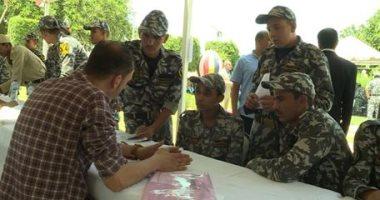 صور.. الداخلية تنظم ملتقى توظيف للمجندين بعد انتهاء فترة تجنيدهم