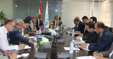 وزير البيئة يبحث خطط توفيق الأوضاع لمصانع السكر بالصعيد