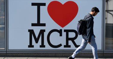 بريطانيون يحيون الذكرى السنوية الأولى لضحايا هجوم مانشستر أرينا - صور