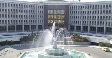 نائب رئيس جامعة أسيوط: القبض على الطالب المعتدى على الأستاذ الجامعى