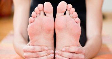 تغيير عادات الغذائية والصحية قد يكون الحل الأمثل للتخلص من تورم القدمين