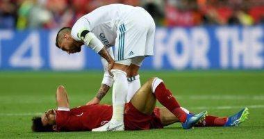 """جماهير إنجلترا تنتقم لـ محمد صلاح وترفض انتقال راموس لـ""""البريميرليج"""""""