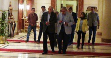 """بدء اجتماع """"محلب"""" بالجهات المنفذة لمشروعات تحيا مصر بأسوان"""