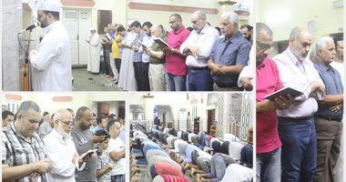 روحانيات وخشوع وسكينة فى صلاة التراويح بمسجد مصطفى محمود