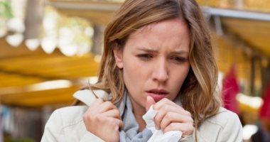 سيدة أمريكية تعانى من السعال وسيلان الأنف لمدة عامين ونصف بسبب حادث سيارة