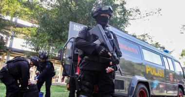 هجوم على مركز شرطة فى إندونيسيا وسقوط مصابين