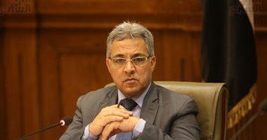 """""""محلية البرلمان"""" تمهل محافظ السويس 15 يوما لعرض الخطة التنموية وسط انتقادات لغيابه"""