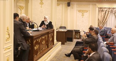 لجنة الاقتراحات بالبرلمان توصى الحكومة بتقديم تقارير مؤشرات الأداء كل 3 أشهر