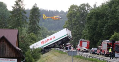 مصرع 5 أشخاص وإصابة 5 أخرين فى حادث تصادم مرورى باسكتلندا
