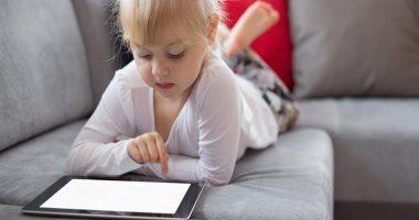 ألعاب الموبايل تؤثر على دماغ الطفل بنفس طريقة إدمان المخدرات.. اعرفى إزاى