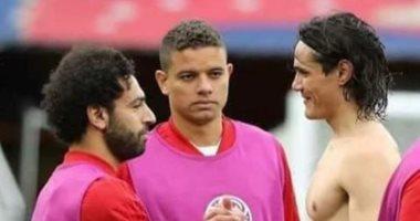 ليفربول ضد باريس سان جيرمان.. هل يمنح محمد صلاح قميصه لكافانى مجددا؟