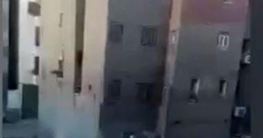 """قارئ يشارك """"صحافة المواطن"""" بفيديو جديد للحظة انهيار """"عقار شبرا"""""""