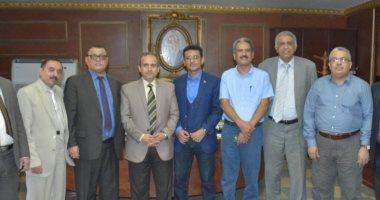 سفير اليمن يبحث مشكلات الطلاب فى مصر مع نائب وزير التعليم العالى