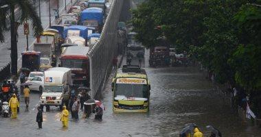 أمطار غزيرة تضرب مومباى الهندية لليوم الرابع