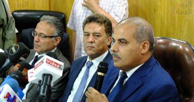 """رئيس جامعة الأزهر لشباب الجامعات: """"لا تنساقوا وراء الدعوات الهدامة"""""""