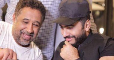 """موزع """"وأنت معايا"""" للشاب خالد وتامر حسنى: طرح الأغنية خلال أسبوع"""