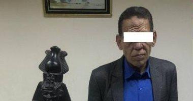 أجهزة الأمن فى المنيا تضبط مسجل خطر بحوزته تمثال أثرى