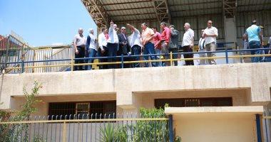 محافظ كفر الشيخ يتفقد نادى بيلا الرياضى ويكلف بالانتهاء من الملعب الخماسى