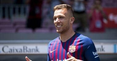 """برشلونة يقدم آرثر ميلو لوسائل الإعلام """"صور"""""""