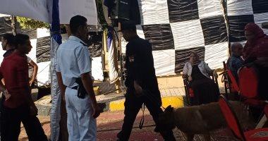 الحماية المدنية تمشط ساحة مسجد أبو العباس المرسى بالكلاب البوليسية