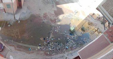 قارئة تشكو من طفح مياه الصرف بشوارع منطقة الصداقة الجديدة بمحافظة أسوان