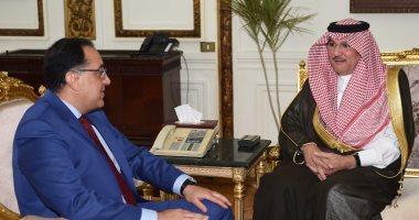 صور.. رئيس الوزراء للسفير السعودى: سنعمل على الإسراع فى التعاون بالمشروعات التنموية