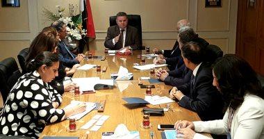 وزير قطاع الأعمال يبحث مع غرفة التجارة الأمريكية بالقاهرة أوجه التعاون