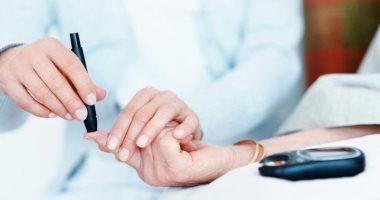 ما هى أعراض انخفاض نسبة السكر فى الدم وإسعافاتها الأولية