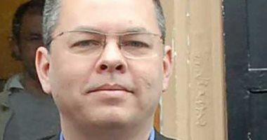 القضاء التركي يقرر إطلاق سراح القس الأمريكي بعد قضاء فترة عقوبته فى الحبس