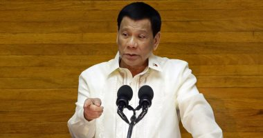 رئيس الفلبين يطالب المواطنين بإطلاق النار على المسؤلين الفاسدين والمرتشين