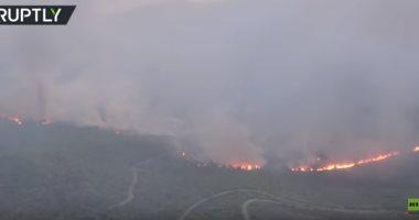 فيديو.. طائرة ترصد مشاهد من حرائق اليونان