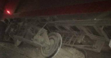نقل 5 مصابين فى حادث خروج قطار عن مساره بأسوان لمستشفى كوم أمبو